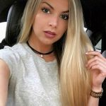 Incall escorts in Ankara girl Anna is in the car, showing magnificently beautiful face to us