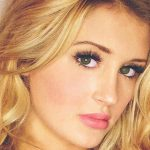 Blonde escorts uk lover Lianna gives a close-up view of her face with shining eyes
